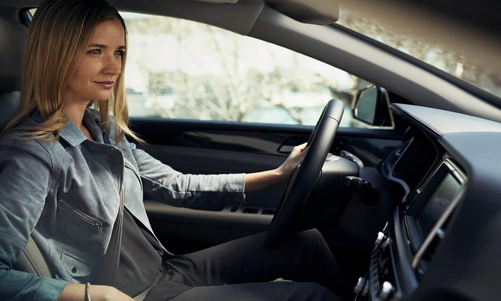 Bài thi lái xe qua vệt bánh xe và đường hẹp vuông góc