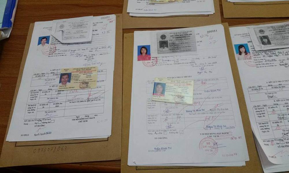 Mua hồ sơ thi bằng lái tại trung tâm đào tạo lái xe