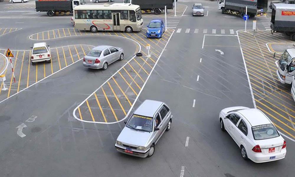 Nâng hạng bằng lái xe ô tô cần được đào tạo tại các trung tâm, không thể tự học