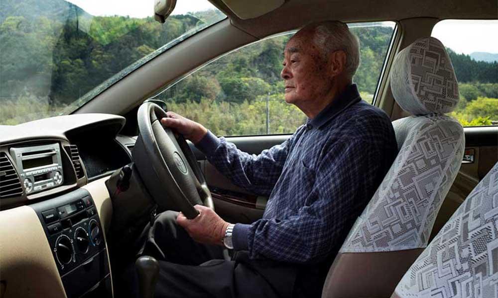 Người nghỉ hưu có được học bằng lái ô tô không